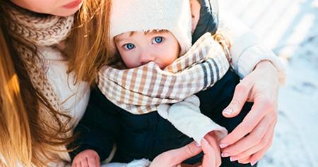 protege los oídos de los bebés en invierno